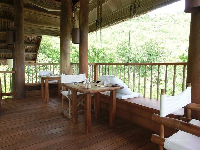 """2nd floor """"Dining by the pool"""" - Six Senses Ninh Van Bay"""