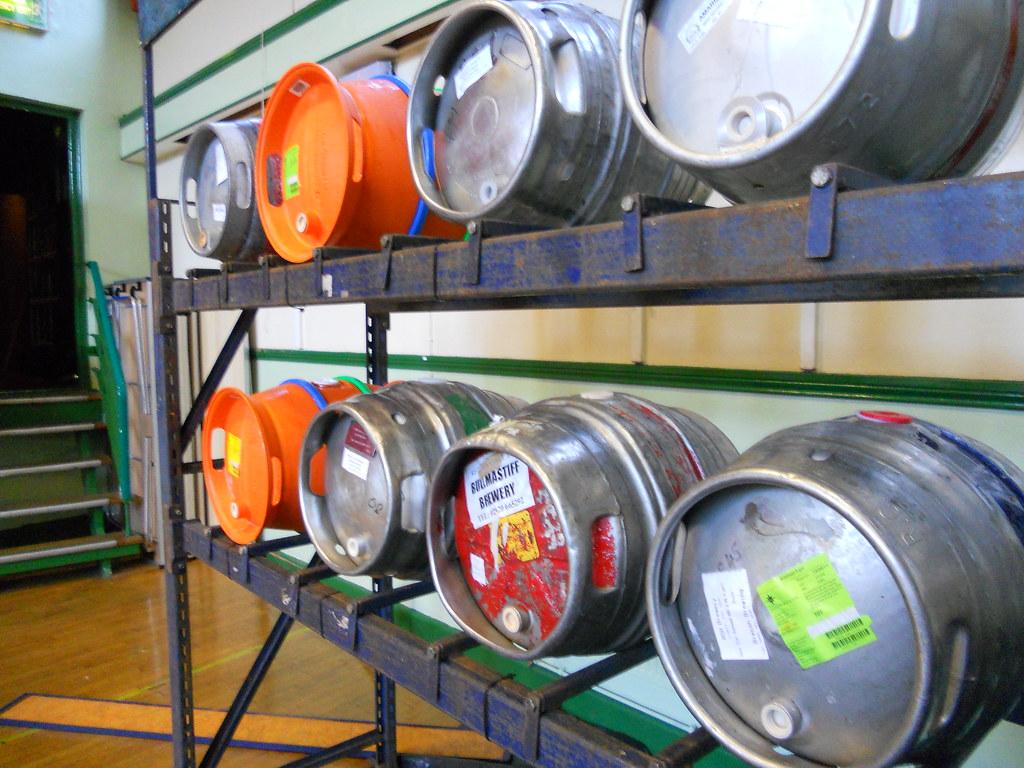 Carmarthen-Beer-Festival-Wed-27-09-11-36