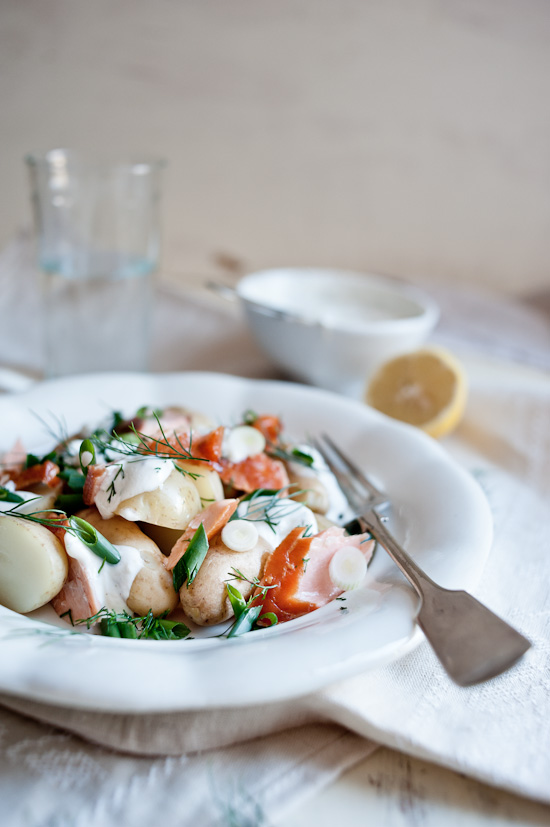 Smoked salmon, potato and dill salad