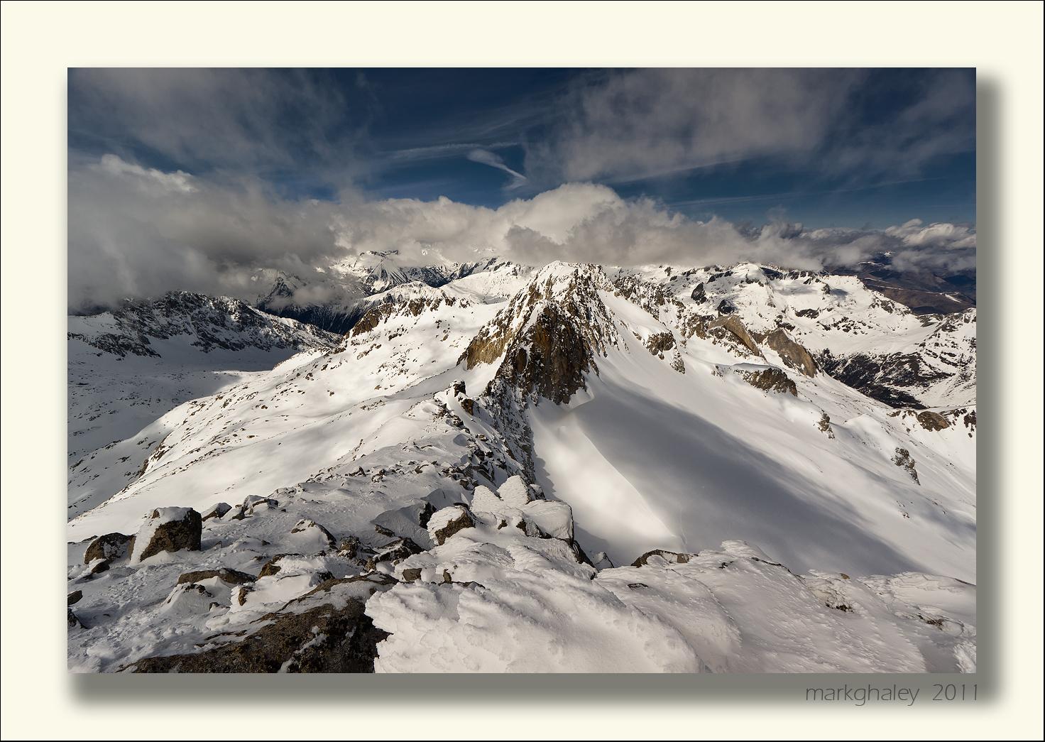 Pico de la Maladeta 3308m, Pyrenees, Spain