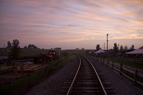 usa paradise unitedstates pennsylvania sunsets pa strasburgrailroad lancastercounty railways goldenhour railroads cherrycrestfarm lanco ronks paradisetownship