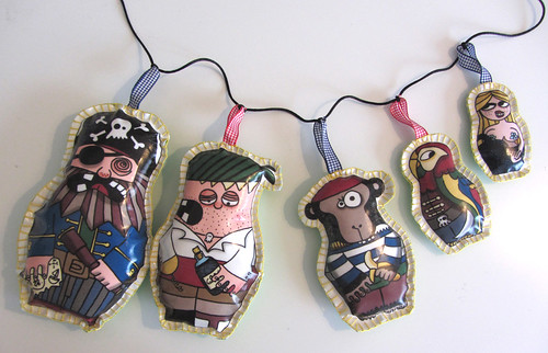 Matriohcka pirate garland