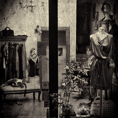 La costurera - The seamstress
