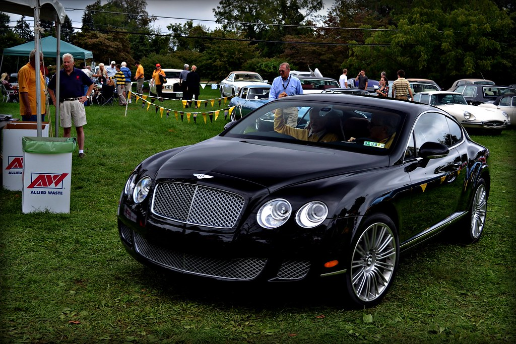"""Club Car""-Bentley CGT"