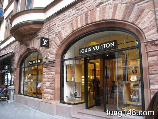 ร้าน Louis Vuitton ใน สต๊อคโฮม (Stockholm)