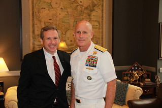 Senator Kirk meets with Vice Admiral Robert Harward, the Deputy Commander of US Central Command