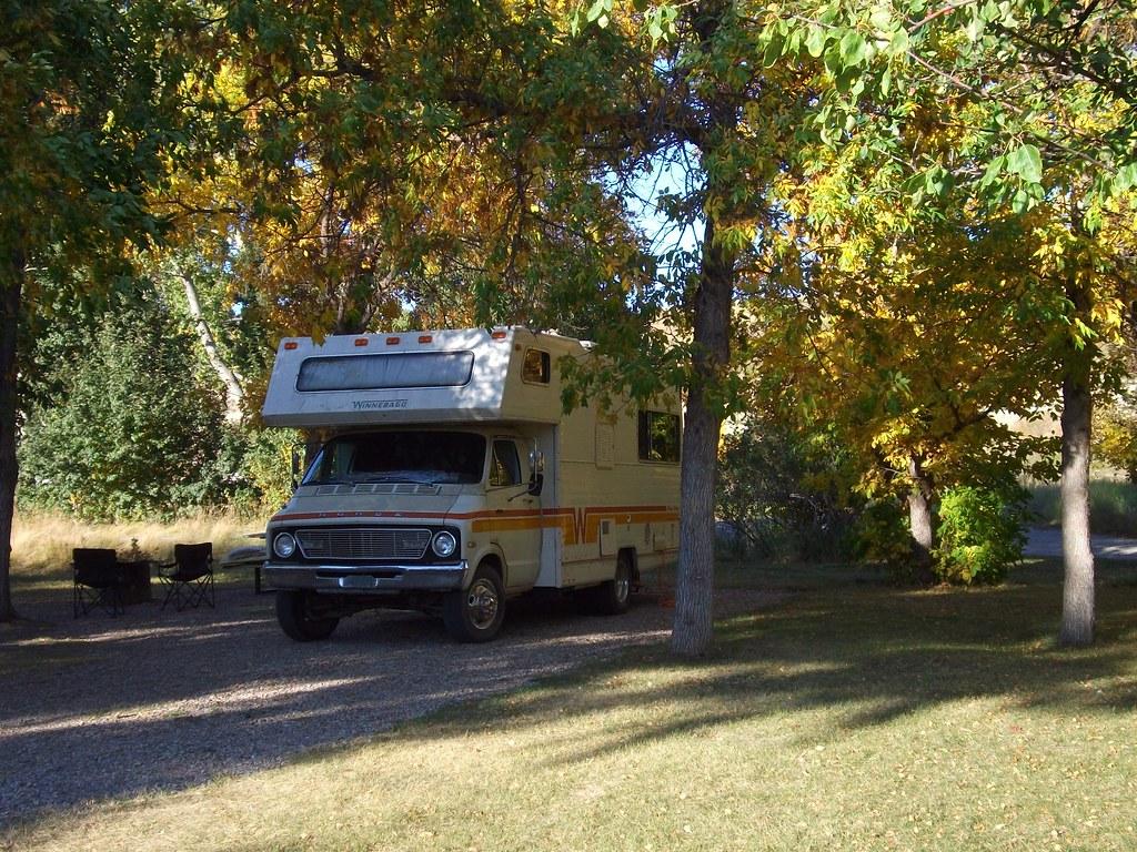 Dodge Winnebago Camper A 70s Van