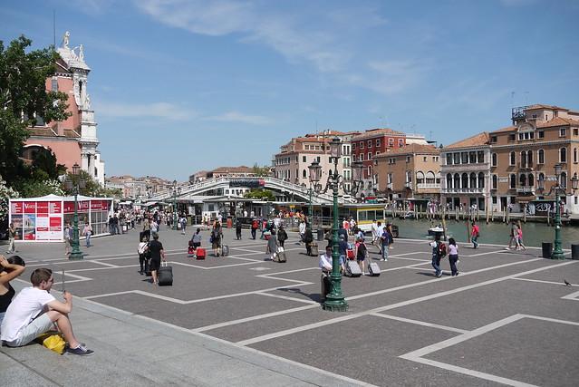 How To Reach Venice
