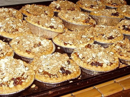 mincemeat apple crisp tartsdone
