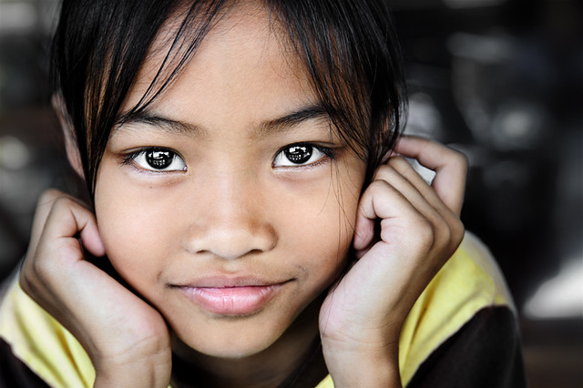 Download this Thai Girl Portrait picture