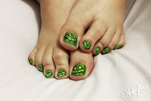 Zombies NailArt (Halloween)