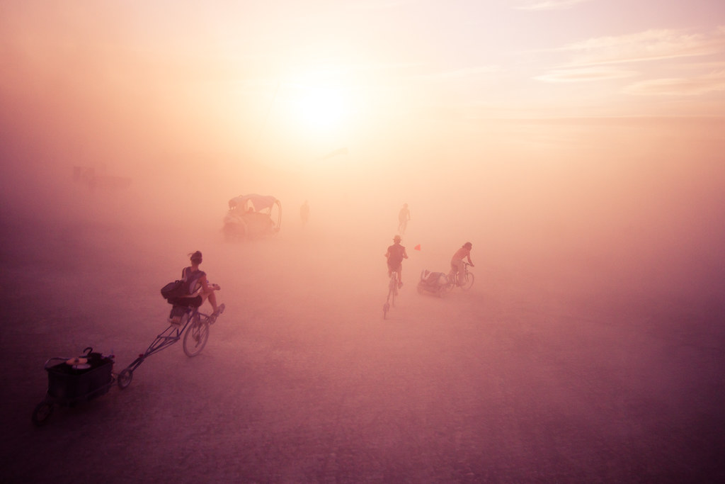 575BurningMan2011_MikeHedge_8607_7D