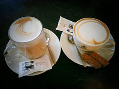 cup(0.0), tea(0.0), espresso(1.0), cappuccino(1.0), cup(1.0), drinkware(1.0), saucer(1.0), coffee(1.0), coffee cup(1.0), caff㨠macchiato(1.0), drink(1.0), latte(1.0),