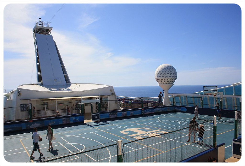 cruise ship basket ball court