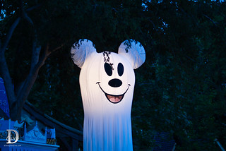 Mickey's Halloween Party - Ghost Mickey