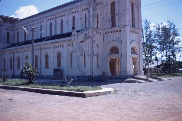 Nhà thờ La Vang