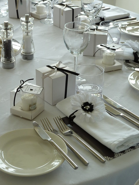 Black and White Wedding Decor at The Red Door