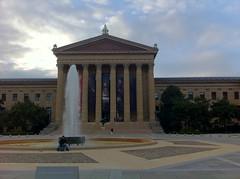 tourist attraction, courthouse, classical architecture, ancient roman architecture, landmark, architecture, roman temple, memorial, facade, plaza, column,