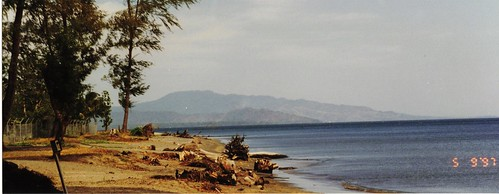 film beach 1997 newguinea newbritain pentaxespio928