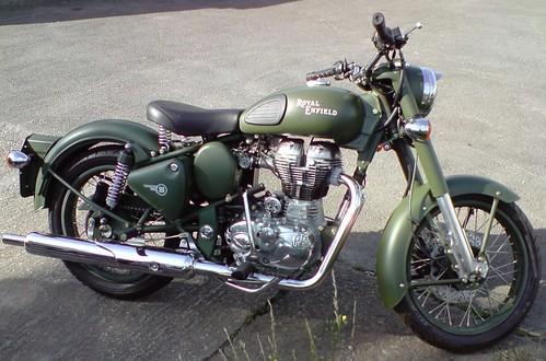 Royal Enfield Bullet Classic Battle Green