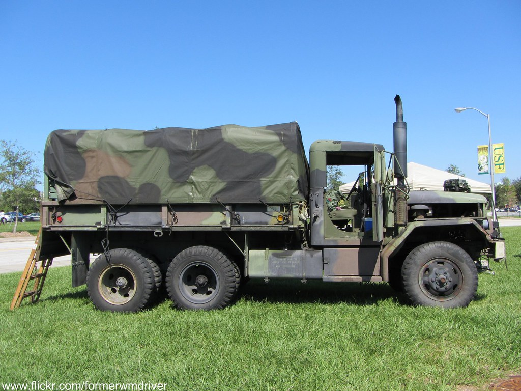 M35 2-1 2 Ton Cargo Truck