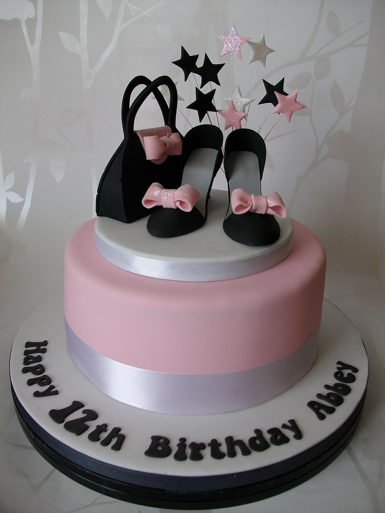 Cakes With Shoes And Handbags