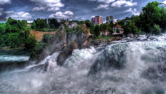 Svizzera, Neuhausen am Rheinfall, le cascate più grandi d'Europa