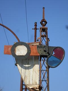 Estacion Tolosa (F.C.S.), señal de salida de desvios.
