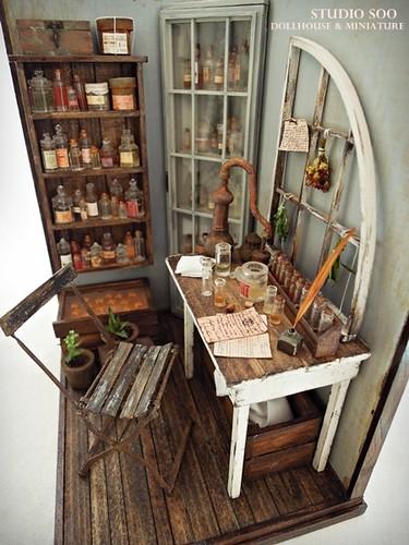 perfumer workroom