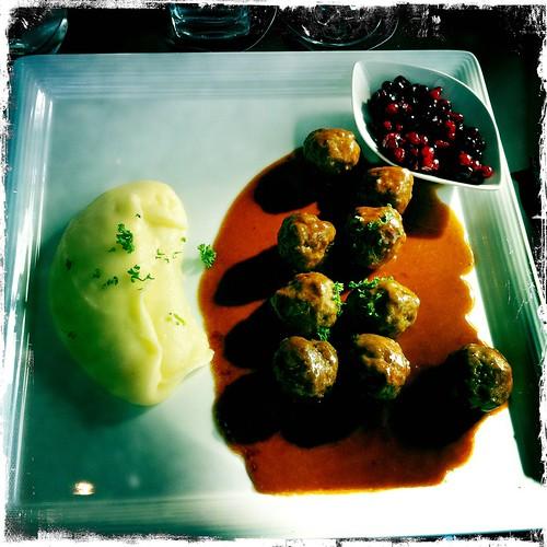 Bokmässan: köttbullelunch