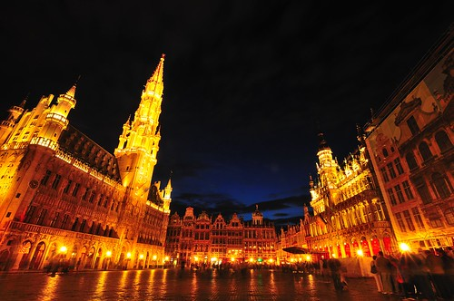 Grand Place's Grand Night View