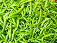 snap pea(0.0), common bean(0.0), cayenne pepper(1.0), chili pepper(1.0), vegetable(1.0), serrano pepper(1.0), bell peppers and chili peppers(1.0), bird's eye chili(1.0), produce(1.0), food(1.0),