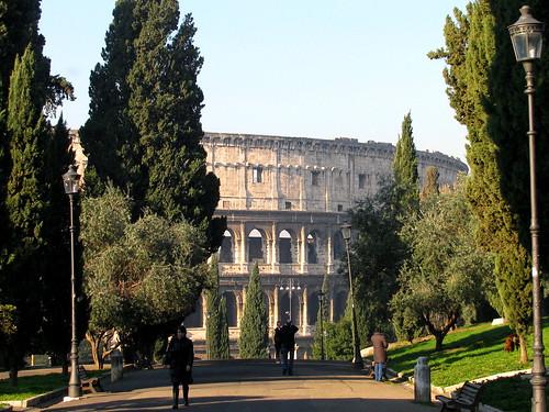 Llegando al Coliseo by Miradas Compartidas