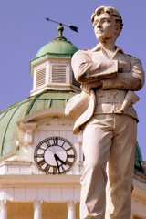 Sam Davis Statue at Giles County Courthouse