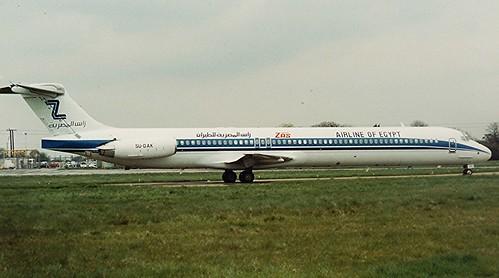 (MD-80 Series)_0075 SU-DAK ZAS----Stansted