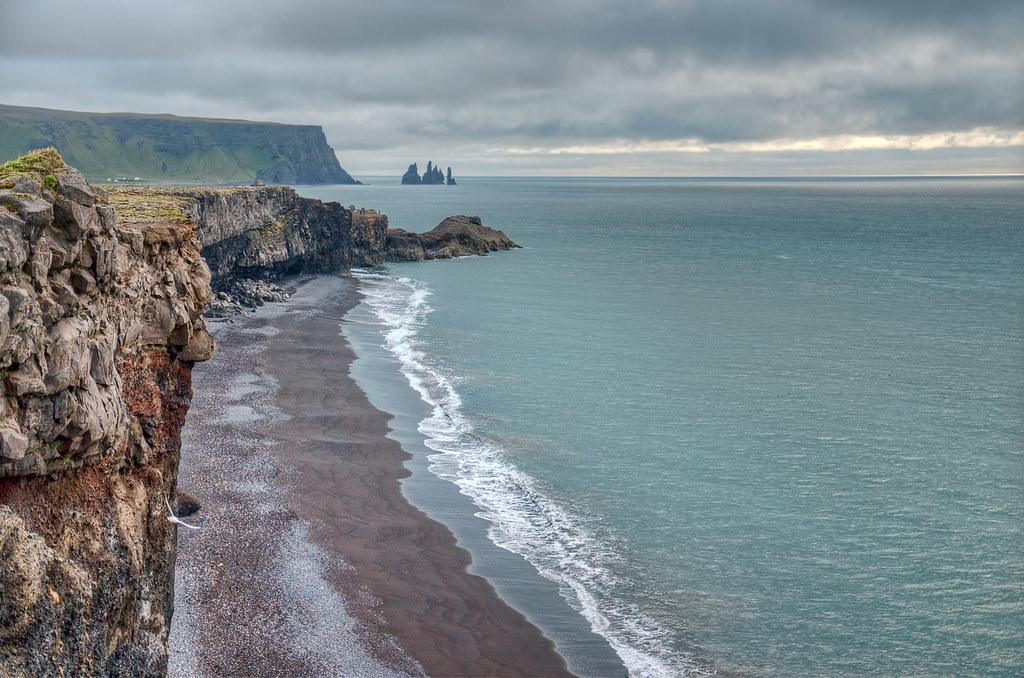 Дирхолаэй исландия