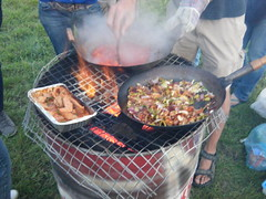 meal(1.0), grilling(1.0), barbecue(1.0), food(1.0), dish(1.0), cuisine(1.0), cooking(1.0), picnic(1.0),
