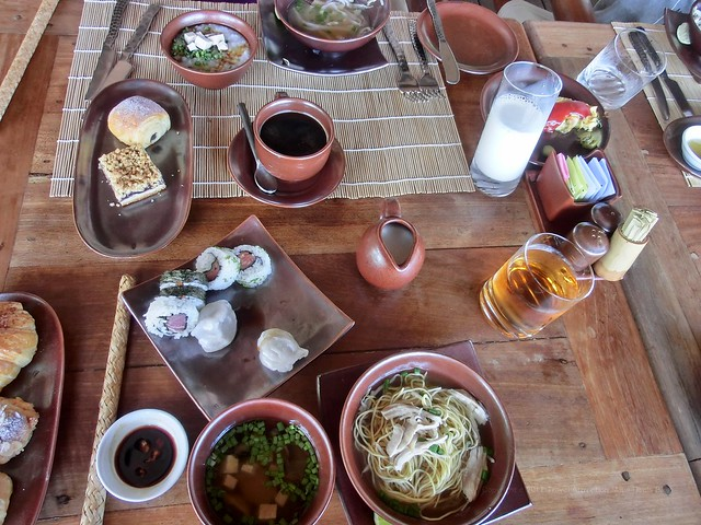 "Breakfast at ""Dining by the bay"" - Six Senses Ninh Van Bay"