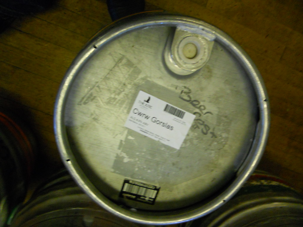 Carmarthen-Beer-Festival-Wed-27-09-11-47