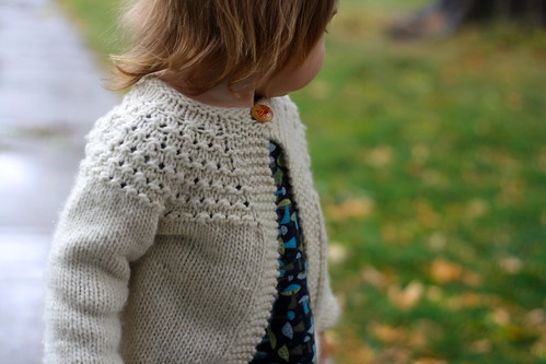 7-hour toddler girl's sweater4
