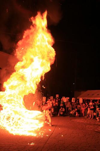Narazawa Shrine Festival (Tengu Fire Dance), Iiyama, Nagano 20110917