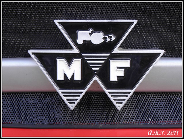 Fergsuon And Massey Ferguson Tractor Front Grills A Gallery On Flickr