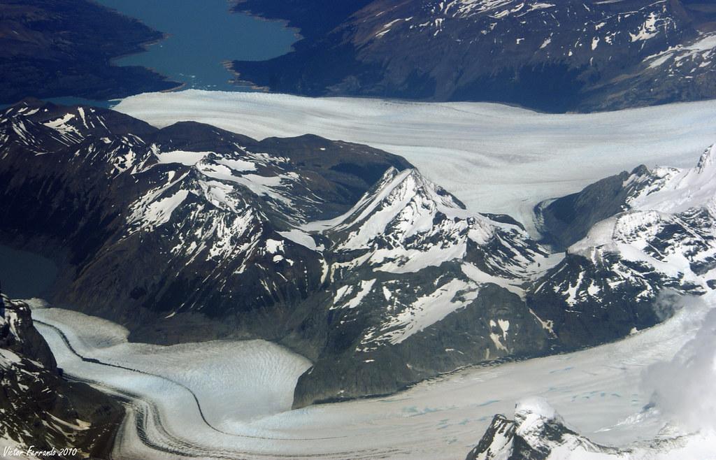 Chile sobrevolando Los Andes