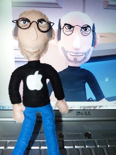 Qualquer semelhança é mera coincidência! Steve Jobs by miudezas_miudezas