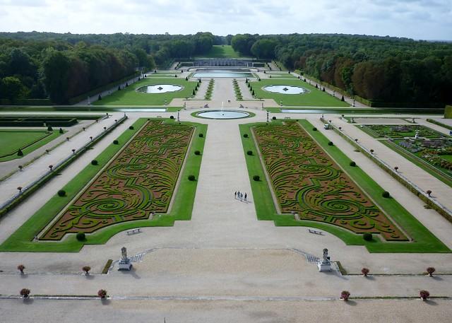 Vaux Le Vicomte Sept2011 Garden 1 Formal French Gardens