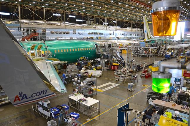 American Airlines Boeing 737-800 N875NN