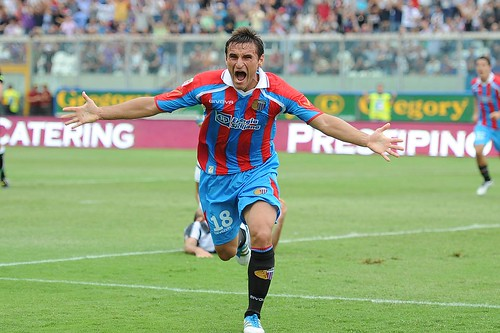 Calcio, Catania-Genoa (3-2): Kiss the rain!$