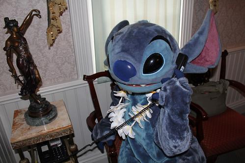 Stitch tries to call someone!
