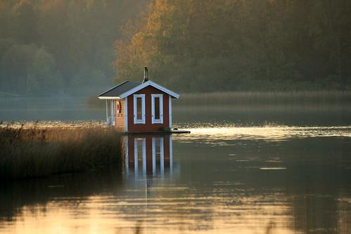 sunset lake water autumn fall höst solnedgång vatten sjö laketjörnarp tjörnarpssjön hässleholm tjörnarp sverige skåne sweden scania bastustuga bastu sauna