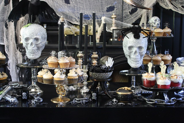 Halloween dessert buffet heather christo - Decoration de table halloween ...
